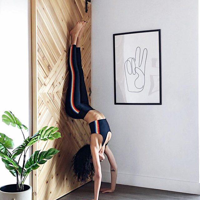 Open heart, with backbone ❤️ @blk.bodhi in the Shakti Brami + 7/8 Active Legging — link in bio to shop  #practicelove #raiseyourvibration #spiritualgangster quote from @danielledoby