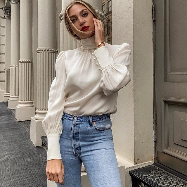 Silk staple 🖤 @gabriellamichin  #blouse #pearls #MILLYmoment
