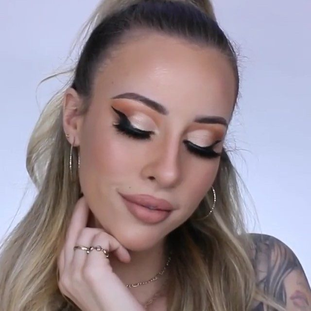 "@the.hannahjensen in our Whisp It Real Good lashes and blessing us with this cut crease glam up in here 💖  #Repost Product Details Below ⤵️ - - @ilmakiage Color Boss Squad Palette in ""workaholic"", BFF Concealer, Inkliner, Icon Mascara, Mineral baked blush, Satin highlighter dust, Mineral baked contour, and Loose powder.  @velourlashesofficial in ""Whisp it Real Good"" . @makeupforeverofficial aqua xl eye pencil in black. - - #motd #makeuplife #mufe #velourlashes #liveinlashes"
