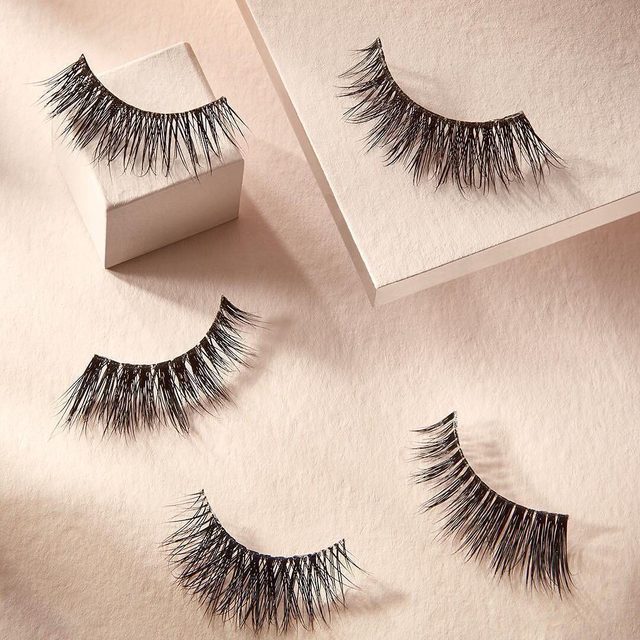 A lash for everyday, state your fave.  1. Would I Lie?  2. Just a Hint  3. For Real Though 4. Short & Sweet  5. Barely There  Available exclusively at @sephora and velourlashes.com. #VelourLashes #EffortlessCollection #liveinlashes