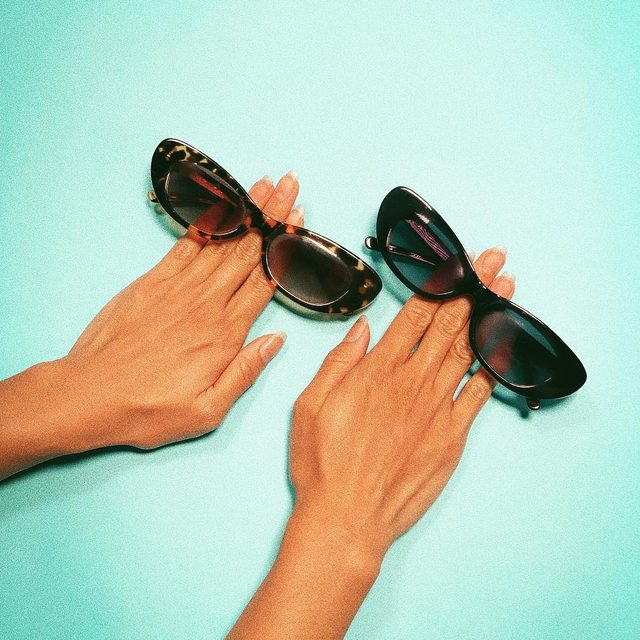 same same but different | the Alyx in tortoise and black