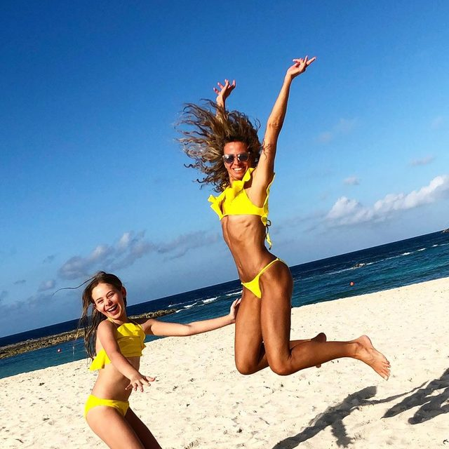 SPRING BREAK 2019: You can have a matchy-matchy #millymoment with us! 😎 Our sunny yellow bikinis on Milly.com. Link in bio 💛💫⚡️ #millyminis #millycabana #bikini #yellow #motherdaughter #bahamas #nofilter
