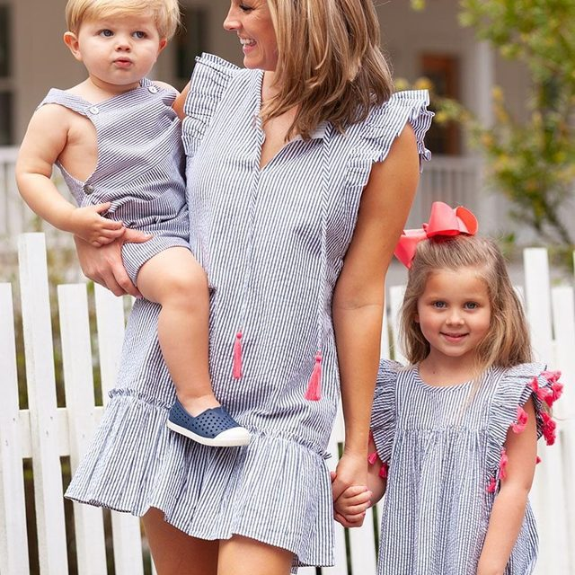@ellagraydesigns classic and fun Sullivan's Island collection is live! Shop all navy seersucker through the link in our profile. Est. ship date 4/29.