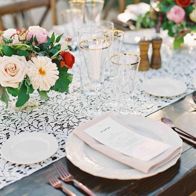 A romantic #wedding with our #floralinen Table Runner in Ivory featured on @martha_weddings 🌿💕🌸 Planning @jade.magnolia Florals @flowersbykim Photography @erikabrownphoto Venue @ravawines #latavolalinen #transformyourtable #tablerunner #lacetablerunner #sequinlace #weddingdetails #weddingtable #whitewedding #pasorobles #vineyardwedding #centralcoast