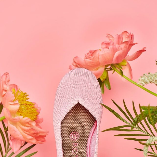 Mother's Day is nearly here! Gift your mama the Begonia Flat (you might as well host a garden party while you're at it). 💐👒