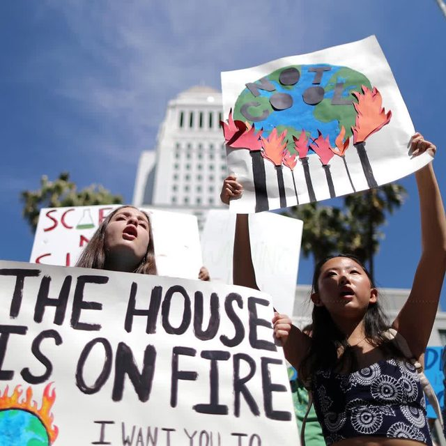 The U.S. House Passed The First Climate Bill in a Decade! #HR9 would ensure that the United States follows through on its #Pari Agreement commitments in spite of backtracking by President Trump. The bill, also called  the #ClimateActionNow Act, would require that President Trump send a plan to Congress detailing how the country will meet its emissions reductions targets—a roughly 26 to 28 percent reduction in greenhouse gas emissions from 2005 levels by 2025—as laid out by the #ParisAgreement. It would also block Trump from using federal funds to withdraw from the agreement, which he announced his intentions to do in June of 2017. Learn more at the link in our profile! Photo: Lucy Nicholson/Reuters #ClimateChange #ClimateAction #ActOnClimate #Environment #ClimateStrike #YouthClimateStrike #ClimateCrisis