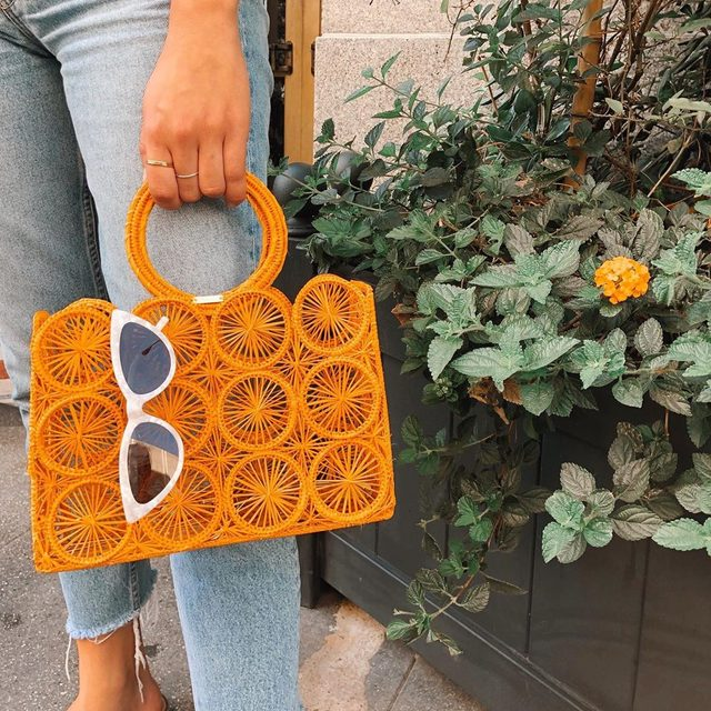 on the go in the Rumy Shades 🧡 link in bio #mymymy