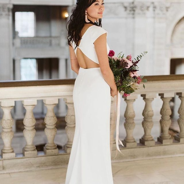 Chic & modern elegance. (tap to shop the Sawyer Gown | #regram @urbanbeautyloft.fiona 📸: @cyeetheworld)
