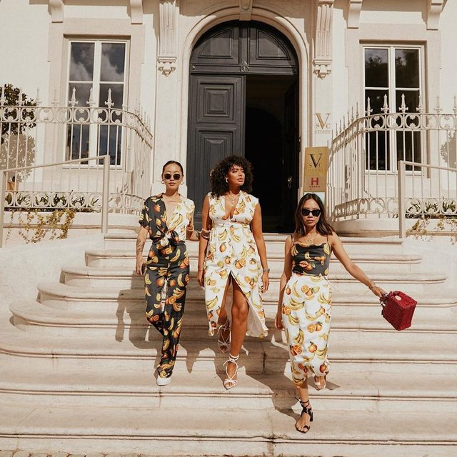 the it-print to wear now ☀️ @songdani @aimeesong & @saffi_karina in @songofstyle - link in bio to shop #revolvearoundtheworld