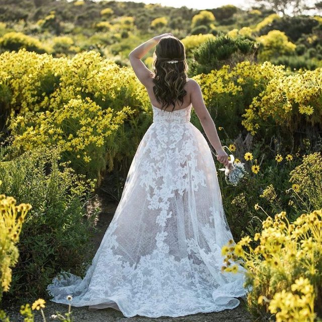 🌼Among the wildflowers🌼(tap to shop the Geneva Gown | 📸: @melanee @shotbymrraphe)