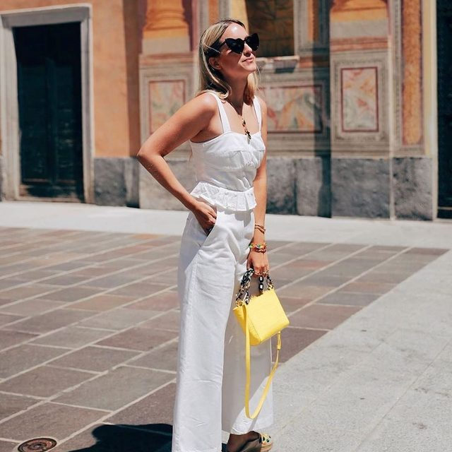 Summer, meet your match: the white jumpsuit @thefashionguitar 😎