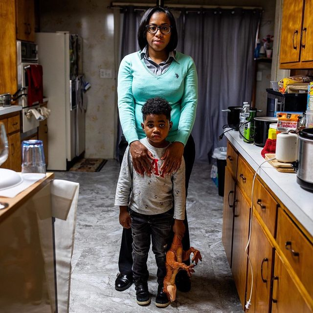 In June 2017, the New Jersey Department of Environmental Protection first flagged Newark's lead levels as exceeding the federal action level. In September 2017, NRDC, along with 10 local and state groups, sent the city a letter requesting quick action to protect its most vulnerable residents. Yet by the the time government officials agreed to take action, Newark residents had been drinking lead-laden tap water for at least 21 months. Now, two years later, we're taking a look back at Newark's ongoing fight for clean drinking water. ⬇️ A resident of Newark, New Jersey's West Ward, Shakima Thomas works hard to protect her son, Bryce, from the lead-contaminated water supplied by the city. At 72 parts per billion, the lead levels in their tap water are more than five times the federal action level, and just recently, Bryce tested positive for elevated levels of lead in his blood. Even low levels of exposure to this heavy metal have been linked to potentially irreversible damage to developing brains and nervous sys