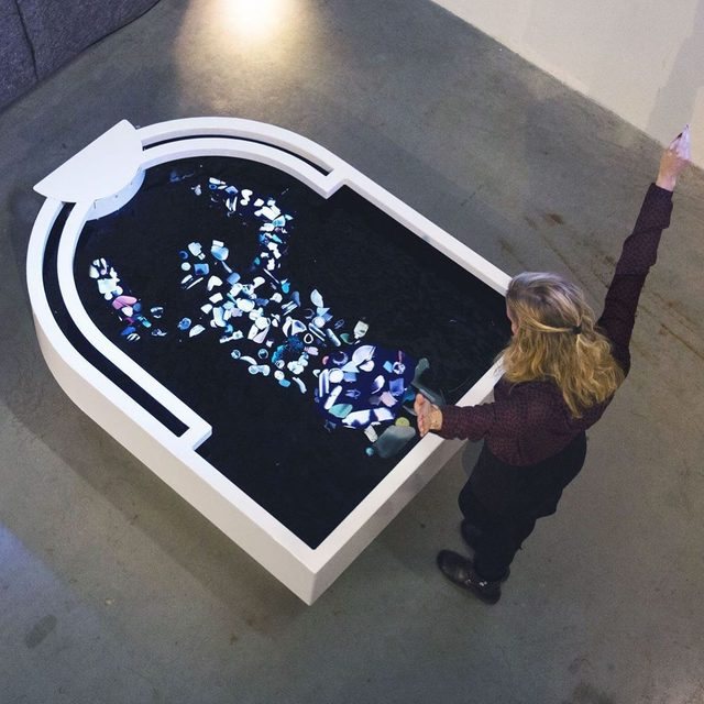 Our addiction to plastic is a bad look (to put it lightly)🤦♀️. Artist @thijs_biersteker reflects (quite literally) on the ever-growing problem of plastic pollution. His traveling exhibition, Plastic Reflectic, is an interactive reflecting pool, but instead of seeing your reflection, viewers see a silhouette composed of small pieces of plastic. It's a powerful statement on our role in toxic pollution. Learn more via the link in our bio. - #art #plastic #pollution #interactiveart