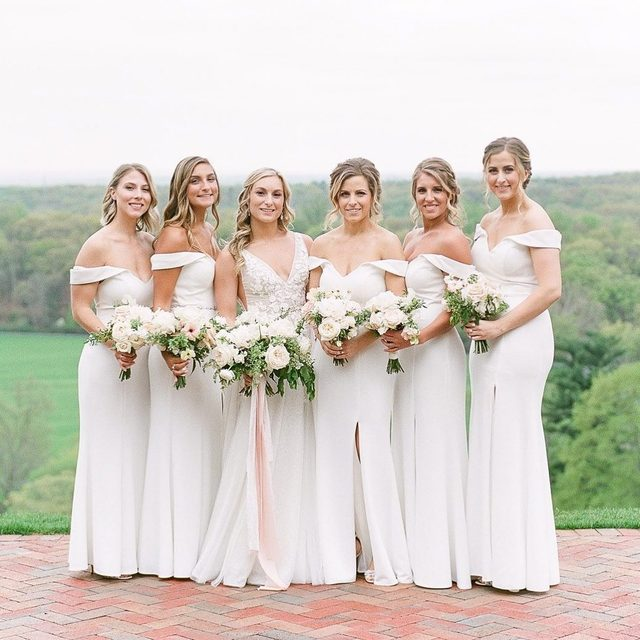 All white everything ✨ This #kleinfeldbridalparty is STUNNING. | Photography: @michellelangephoto  Floral design: @twistedwillowflowers | Wedding Dress: @maisonsignore from @kleinfeldbridal