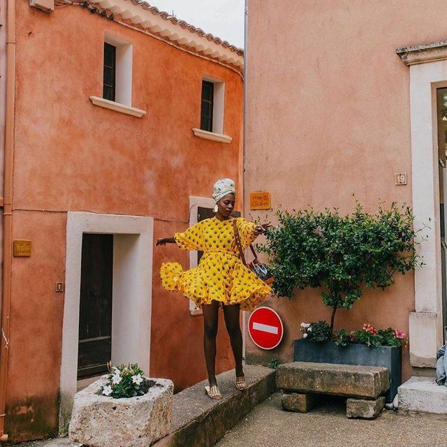 @findingpaola gives our exclusive @rhode Ella Dress a little je ne sais quoi 💥