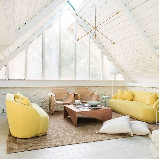 """If only all home buying stories went like this: Caroline Lee of @teamwoodnote met designer @sarahshermansamuel seven years ago on a project. While their lives continued to intertwine throughout the years, Sarah purchased an A-frame house near Palm Springs. """"She was renovating this place but then moved back to Michigan and decided to sell it,"""" says Caroline. """"Sarah said, 'We want you guys to have it, and we'll do anything to make that happen.' They held it out for us because we are friends, and when we finally bought it, it was a 'Hey, we left the key under the rock' kind of friend deal."""" 🤝 Take a tour of the home 👉 link in bio 📸 by @echoandearl"""