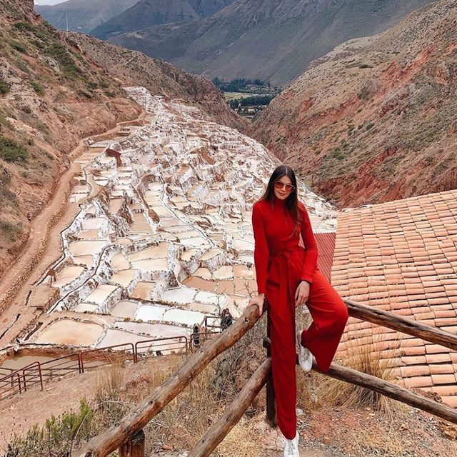 Not a bad view for a Sunday ❤️ #red #monochromatic #travel