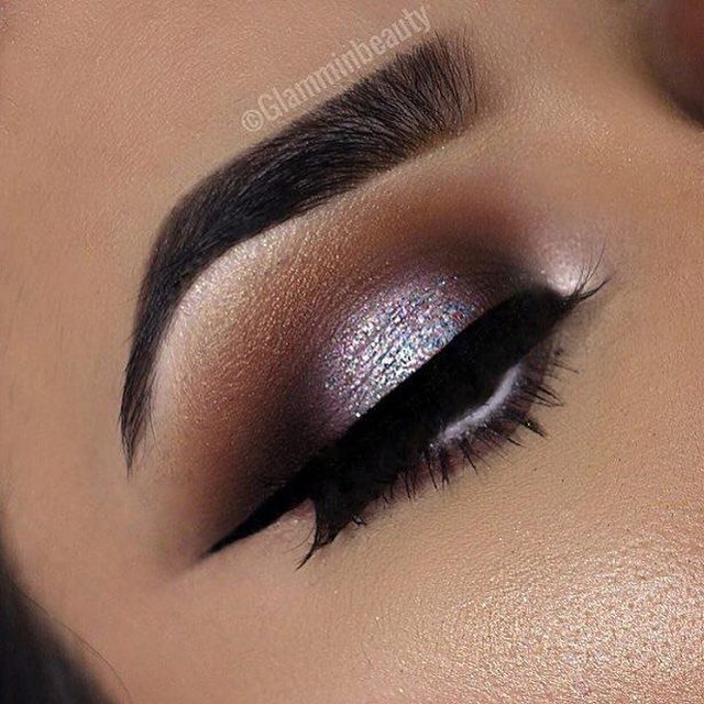 @glamminbeauty dazzles us with this purple cut crease smokey eye, wearing our @Sephora silk Fluff'n Edgy lashes 😍  Do you have a fav pair of #VelourLashes?  Share with us below! ❤️ #liveinlashes