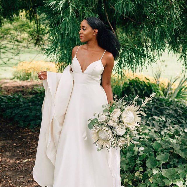 #BHLDNbride @sakiaa looking elegant as ever in our Opaline Ballgown 😍 (tap to shop | 📷: @erikalaynephoto 💄: @already_perfect 💐: @flordecasa_designs)