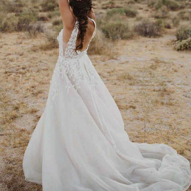 Effortlessly romantic, our Carmel Gown is for the adventurous at heart 💛(tap to shop the Carmel Gown | 📷: @jesslivingphoto)