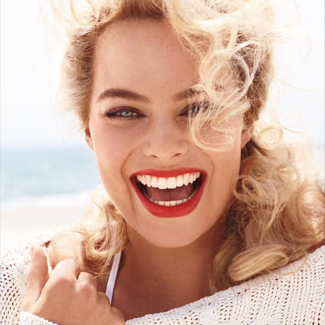 Happy 29th birthday to the one-and-only @MargotRobbie. 🎂 Photographed by Miguel Reveriego for V.F. August 2014.