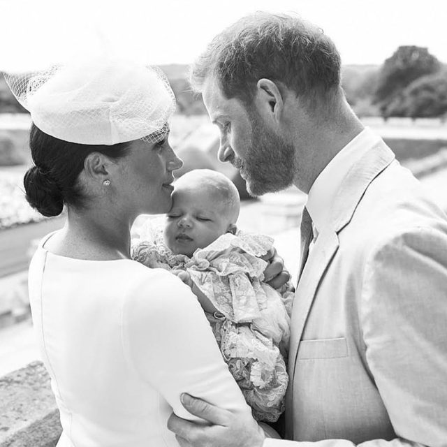 Meghan and Harry just blessed our feeds with the sweetest family picture from baby Archie's royal christening. 👑 Head to the #linkinbio to see the other official royal family portrait! | #regram: @sussexroyal 📸: Chris Allerton