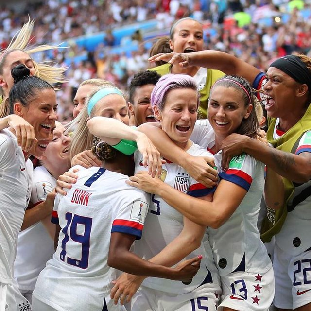 Sweet victory!🏆🇺🇸 The U.S women's national team just won the #WorldCup, defending their crown for the fourth time. Congratulations, #USWNT.