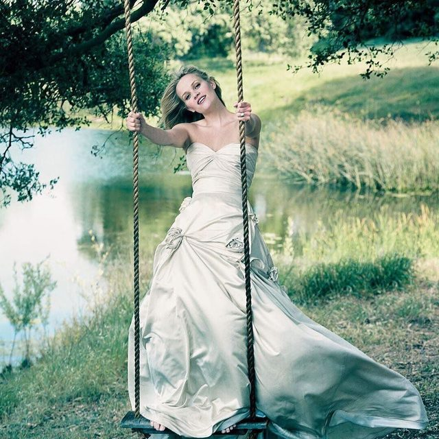 As carefree as @ReeseWitherspoon on a #ThrowbackThursday. Photograph by Annie Leibovitz for V.F. September 2004. #TBT #VFMood
