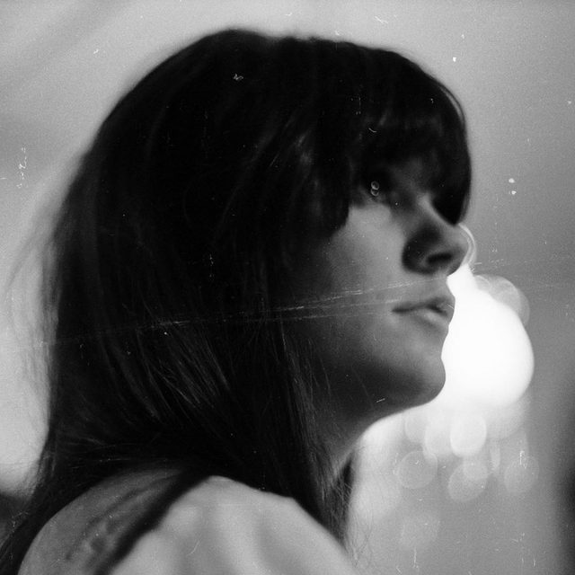 Happy birthday to Linda Ronstadt, one of the most gifted vocalists of our time. Learn more about her in the link in our bio. — 📷 by Michael Ochs Archives/Getty Images