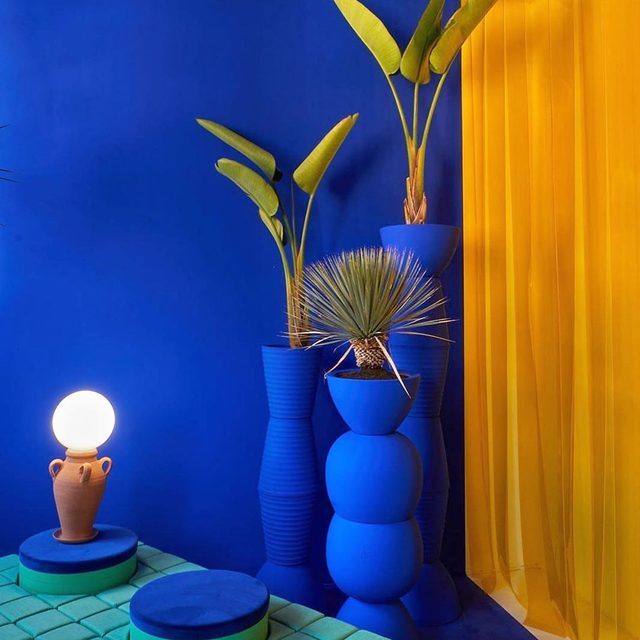 Thrilled to see both Hyper Blue™️ and neon PVC room partitions alive and well in this #designparade installation by @sandrodellanoce and @carolinewolewinski via @_sightunseen_ 💙💛 See how those vinyl panels used in meat lockers can actually make cool room dividers in your own home 👉 link in bio 📸 by @lucbrtrd