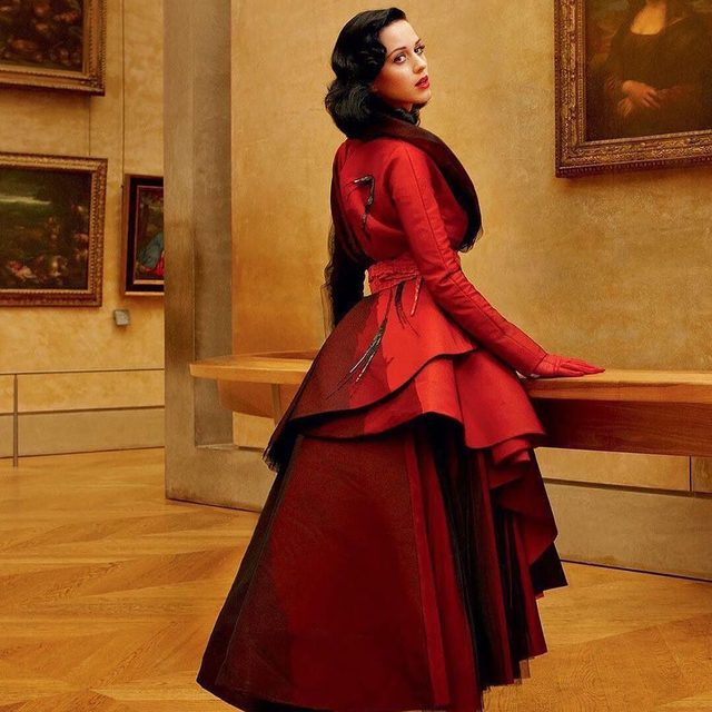 Katy Perry's new health plan might be a beauty breakthrough, but it's also something of a dark horse. @Vfvanities discusses the latest celebrity health trends at the link in bio.  Photograph by Annie Leibovitz for V.F.