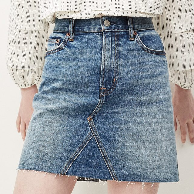 To say we're obsessed with our new, better-than-ever #GapDenim mini? Understatement. Tap to make it yours.