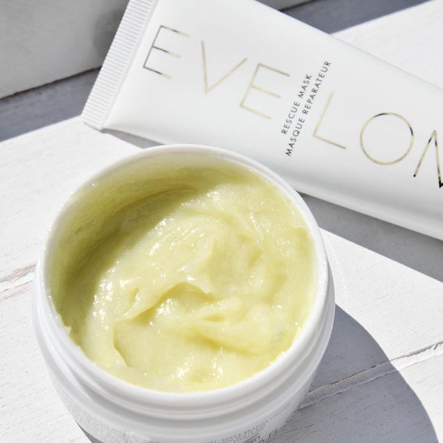 A duo of skincare products designed to indulge yourself. #texturetuesday #evelom #NdulgeSummerEvent @spacenk