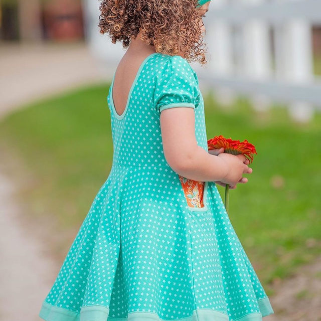 The perfect twirl dress is here! We have a feeling that this little number will be her favorite. Swipe ➡️ to see this fabric up close {hint: those aren't polka dots!}