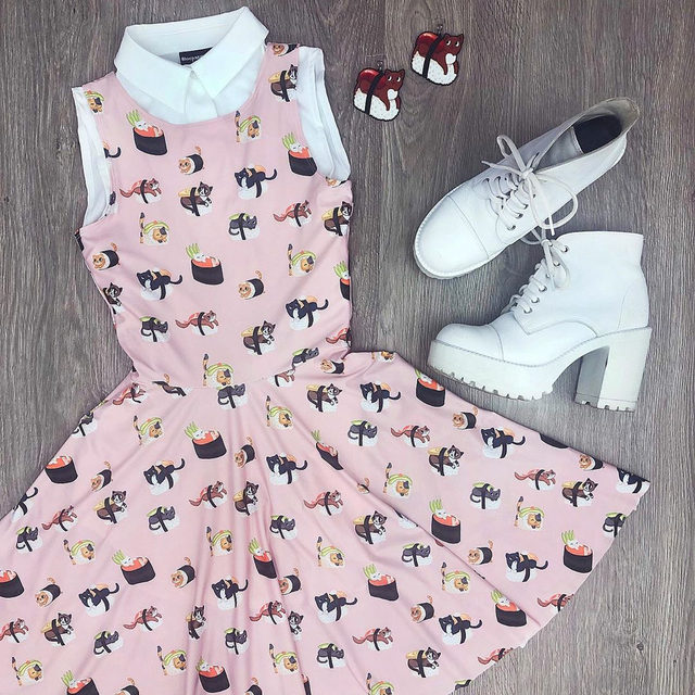 Sushi Cats 🍣 😻  Tap to shop this super cute outfit 💕 #bmsushicatsprincessskaterdress #bmwhitebusinesstimeshirt