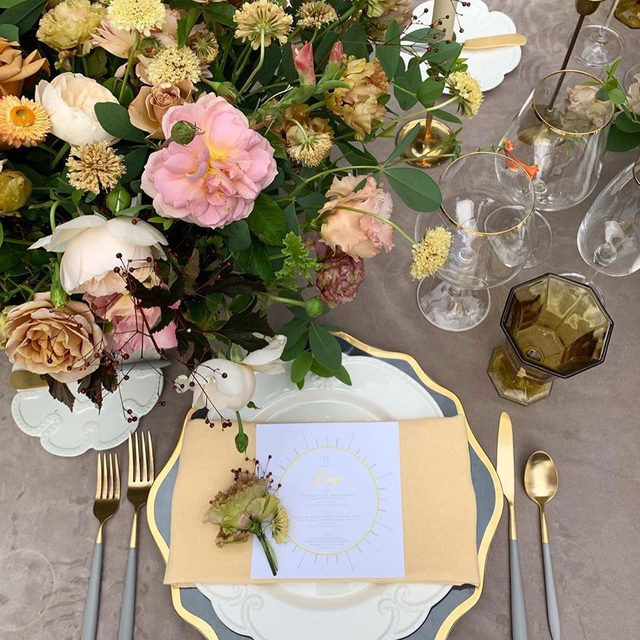 Doesn't this just look like a fairytale? And we can't get enough of that #yellow 💛💛💛 especially when paired with soft grey... so perfect! With our #velvetlinen in Grey and #tuscanylinen napkins in Butter from @sarahkazemburgevents and @darlinganddaughters 📷 @em_blumberg #latavolalinen #transformyourtable #velvet #greyvelvet #greyandyellow #weddingcolors #weddingtabledecor #mellowyellow #dcwedding #washingtondc #larzanderson #summerwedding #styledshoot #weddinginspiration