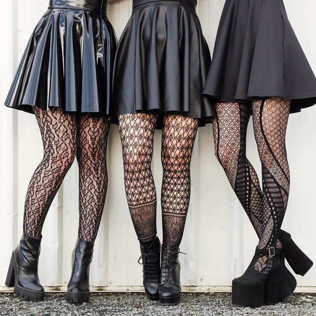 2 for $30AUD on selected hosiery styles for 2 days only! Hit the bio link to shop 🖤 Available until 9am AEST Thursday August 15 or until sold out, check T&C's for more details #blackmilk #blackmilkclothing #bmanimalistichosiery #bmtessellationfootlesshosiery #bmabstractedhosiery