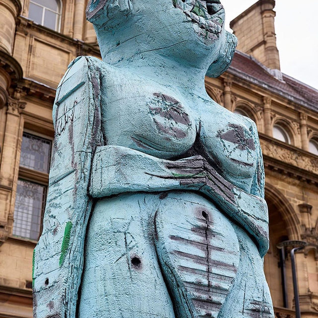 "A new work by Huma Bhabha is now on display in Wakefield's city center as part of the inaugural Yorkshire Sculpture International festival. This is the artist's first public realm commission in the UK. ""Receiver' is on view outside County Hall in Wakefield through September 29. Find out more via the link in our bio! __________ #HumaBhabha #YSI2019 #Gagosian @ysi_2019  Huma Bhabha, ""Receiver,"" 2019, commissioned by Yorkshire Sculpture International for Wakefield city centre. Photos: Prudence Cuming. Courtesy of the artist and Salon 94 New York."