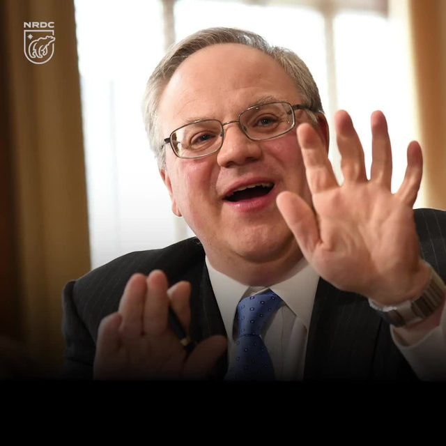 U.S. Department of the Interior Secretary David Bernhardt's schedule tells you everything you need to know about his priorities. Before rolling back limits on climate-destroying methane from oil and natural gas wells, he should have studied up on climate science, the social cost of greenhouse gas emissions, and the suffering of people who live on the front lines of climate change—not to mention, how he would be wasting taxpayer money. Instead, he lunched with oil and gas executives and huddled with climate change deniers. Learn more via the link in our bio. - #davidbernhardt #DOI #departmentoftheinterior #climate #methane #science #environment #greenhousegas #climatechange #actonclimate
