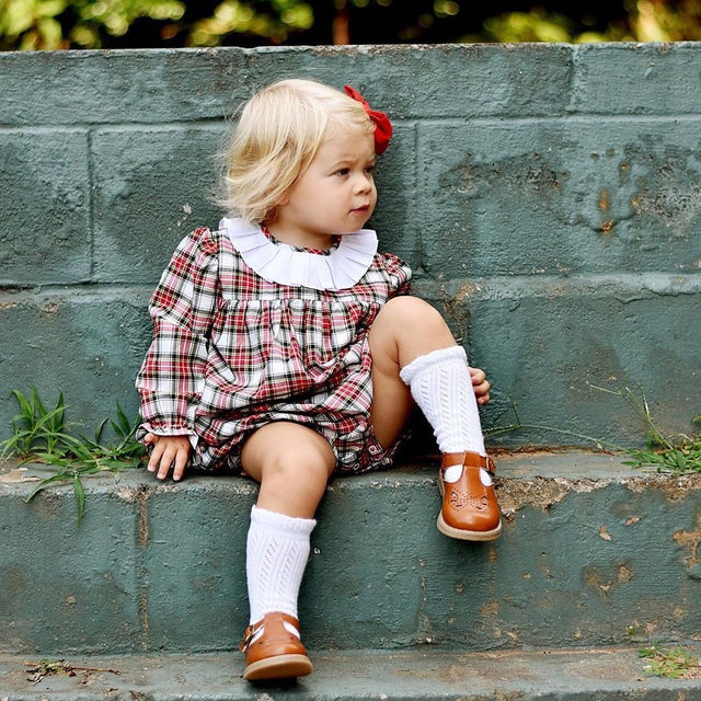 This little plaid bubble is becoming a favorite around here. Swooning over this cutie 😍
