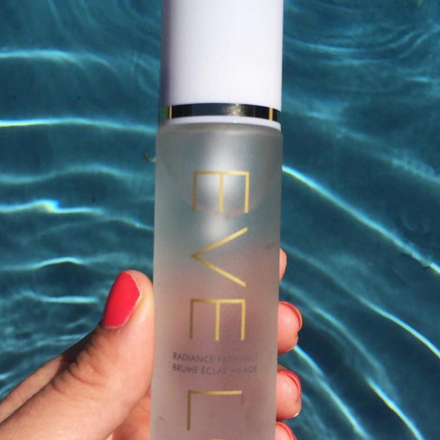 Keep your skin hydrated, balanced and fresh during your summer travels with our Radiance Face Mist! Tap to shop this #EveLom best-seller✨ #revealyourradiance