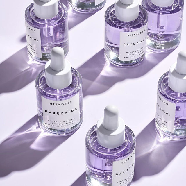 *CLOSED* ✨💜GIVEAWAY💜✨ Have you been wanting to try Bakuchiol Serum? Now is your chance! We're giving it away to 25 lucky winners. 🤩 All you have to do is 👉 ✨1. Follow us ✨2. Like this post ✨3. Tag two friends in the comments section below  Winners will be announced on Monday at noon PST. U.S. only. Good luck everyone! #bakuchiol #giveaway