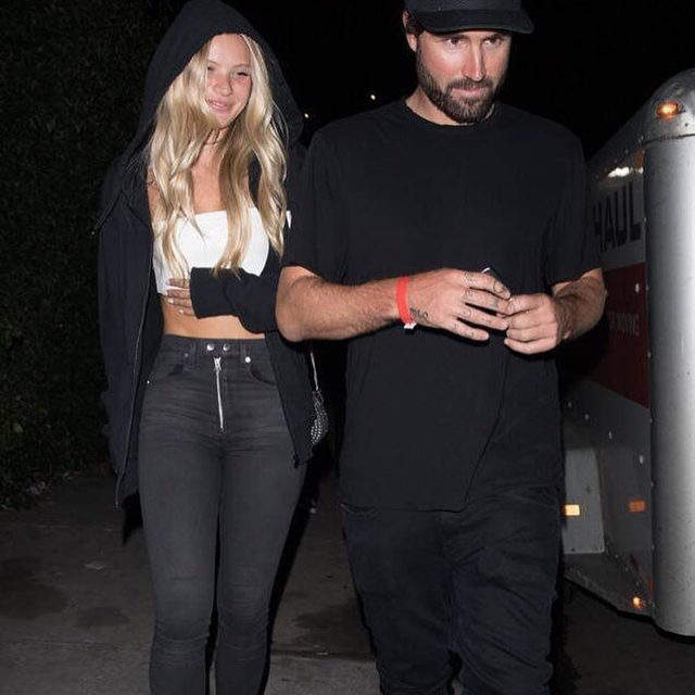 Brody Jenner is releasing his inhibitions and showing PDA with Josie Canseco. Link in bio to see the 💋 pics. (📷: BACKGRID)