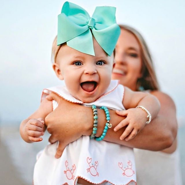 All smiles, it's almost Friday!  This sweet Crabby Embroidered Set is available in sizes 6m-6 and on SALE for only $31.20. Shop the link in our profile | @mollylynnbooth #tbt