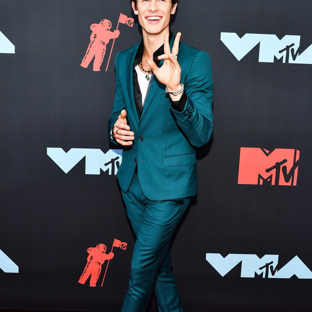Everything means nothing if we don't post a photo of @shawnmendes tonight. Head to our Instagram Story to see how his stylist, @tiffbrisenostylist, got him ready for the #VMAs.  photo: shutterstock