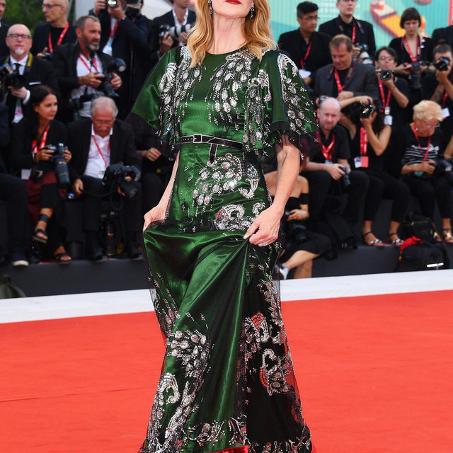 A @gucci moment for @lauradern at the #VeniceFilmFestival. ✨ Tap our link for more stellar red carpet moments from Italy so far. photo: getty images