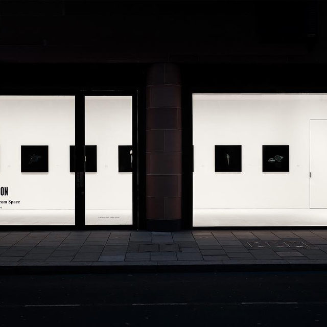 """#TarynSimon: Visit Gagosian, Davies Street, London, to see photographs from Taryn Simon's ongoing series """"Black Square."""" - Begun in 2006, these photographs present objects, documents, and individuals in a black field given the same dimensions as Kasimir Malevich's 1915 painting of the same name. Selected without any intentional categorization, Simon's subjects form a randomized index of human invention and activity. They are fragments of recent history—detached from context and freighted with anxiety. Find out more about """"A Burn Scar Visible from Space"""" via the link in our bio! __________ #Gagosian  Installation views, """"Taryn Simon: A Burn Scar Visible from Space,"""" Gagosian, Davies Street, London, August 19–September 21, 2019. Artwork © Taryn Simon. Photos: Prudence Cuming Associates Ltd"""
