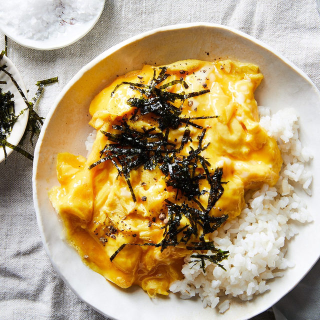 """In the words of our #tableforone guru @ericjoonho: """"Eating dinner alone doesn't have to be a sad affair. If anything, it's a chance to collect your thoughts, to be with yourself and with yourself alone, and to brush off the day's excesses."""" From soft-scrambled eggs to honey-mustard chicken breast, we've put all our favorite solo dinners in one place. Head to the link in bio to find your fave! 📸: @tymecham"""