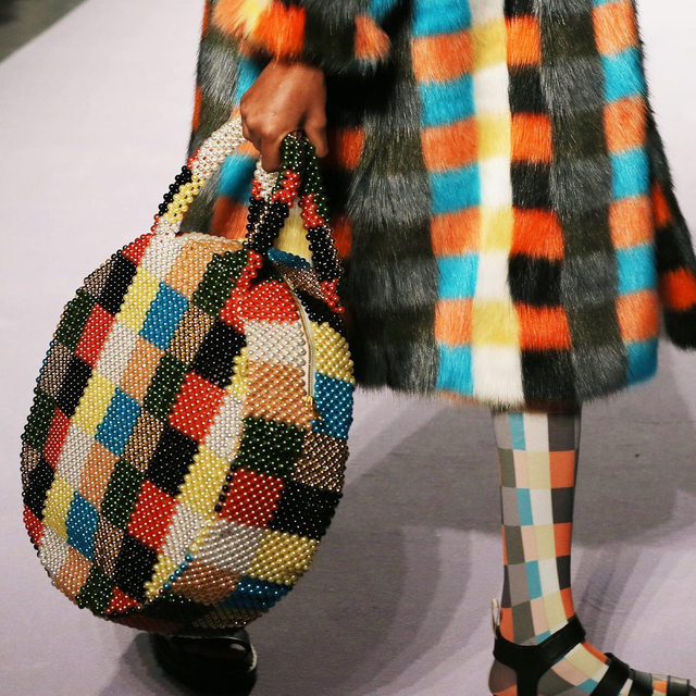 Fall accessories are the most fun. From crafty beaded pieces to seriously oversized bags, tap our link for 7 fall accessory trends worth knowing. #thefallissue photos: getty images
