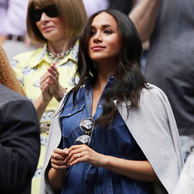 Just Meghan Markle and Anna Wintour out here supporting their girl, Serena Williams, at the U.S. Open—no big deal. Tap our link to see more celebs and what they wore to the tennis match. 🎾 photo: shutterstock